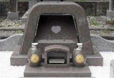 長野県諏訪市内寺院墓所